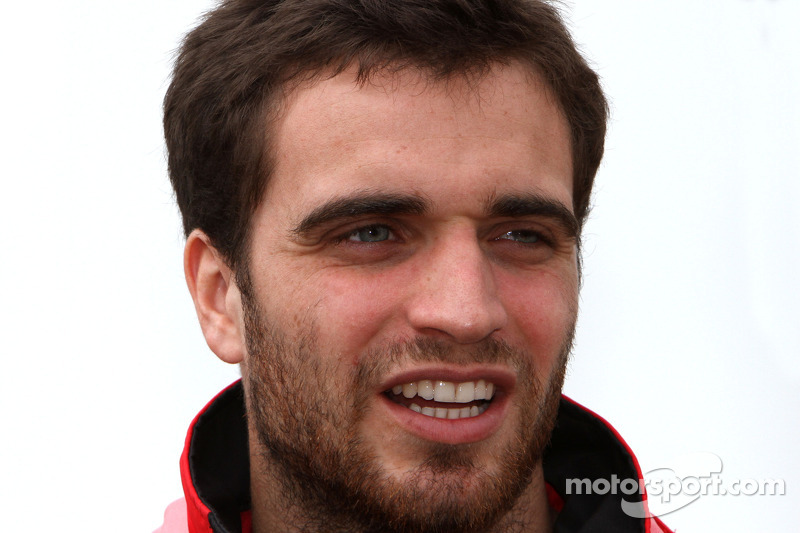 Lotus F1 Team signs D'Ambrosio as third driver