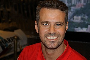WTCC Tiago Monteiro stays with SEAT Tuenti Racing Team