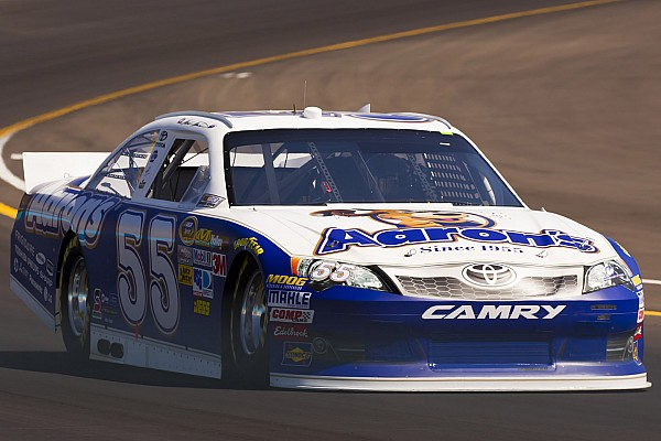Martin steals the show in Phoenix to grab the coveted pole