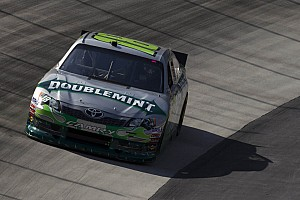 Kyle Busch caught up in early wreck at Bristol