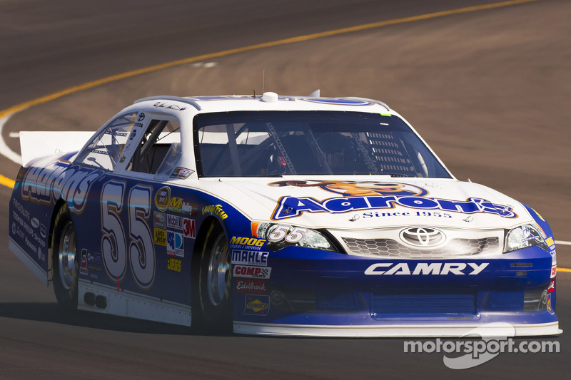 Mark Martin becomes Epic Swag for Fontana