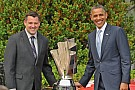 President Obama honors 2011 champion Stewart