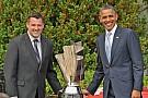 President Obama honors 2011 champion Stewart