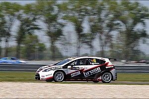 Tiago Monteiro on his way to Hungary