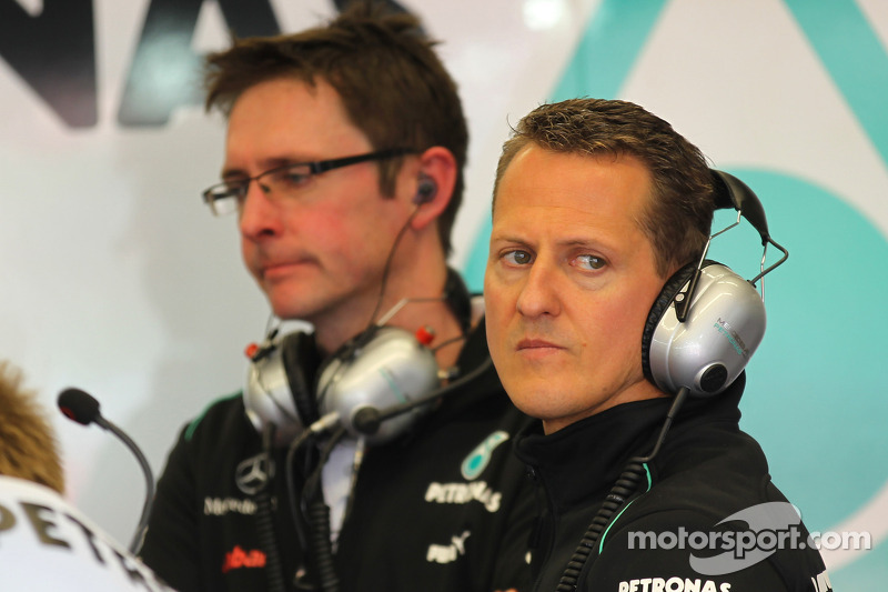 Lauda tips Schumacher to win in 2012