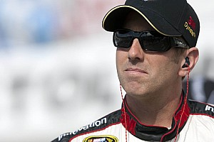 Biffle speeds to pole for Darlington night race