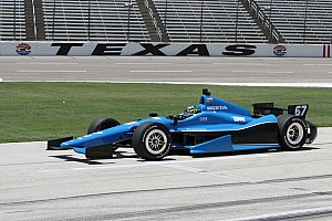 Engine issue keeps Newgarden from qualifying run in Texas