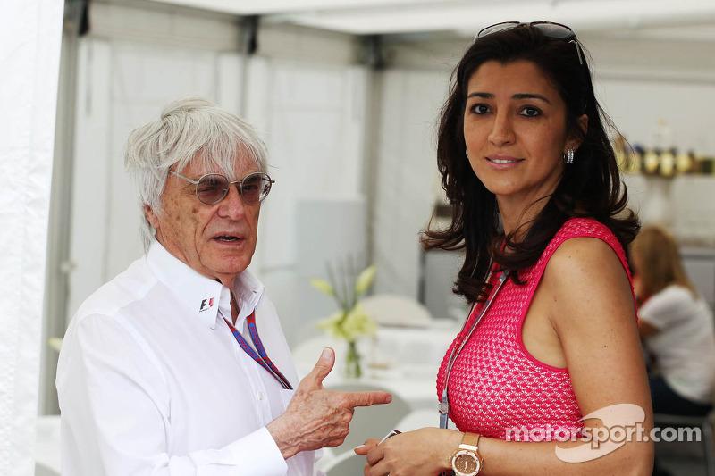 F1 'not corrupt', defiant Ecclestone insists