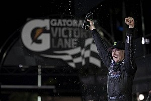 NASCAR XFINITY Race report Kurt Busch gets win at Daytona, assist to Stenhouse