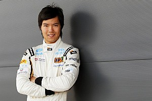 Formula 1 Special feature Ma Qing Hua cries after testing F1 car at Silverstone - Video