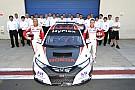 Positive first contact between Honda Civic and Tiago Monteiro