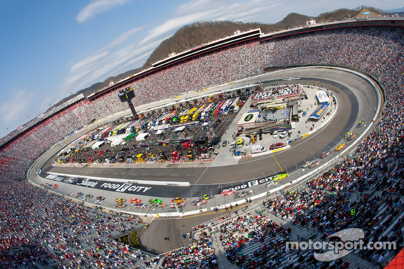 Fantasy racing fans - Fantasy Showdown helps you make your picks for Bristol - video