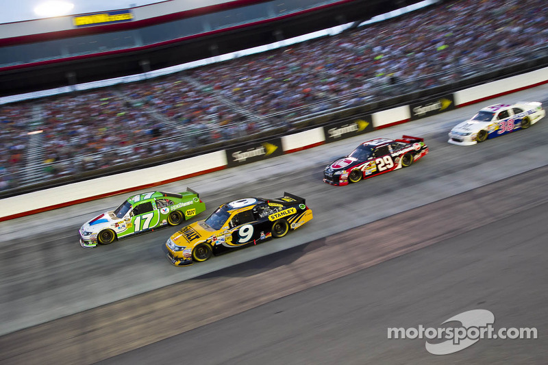 Ambrose only Ford driver in top-ten at Bristol