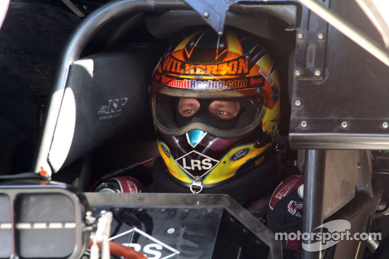 Wilkerson, Langdon, Nobile, and Hines top Friday qualifying at Charlotte's zMax Dragway