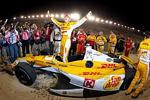 IndyCar Race report Hunter-Reay earns championship; Carpenter wins race at Fontana