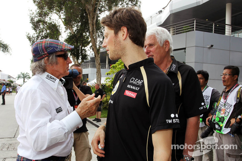 Stewart renews offer to coach struggling Grosjean