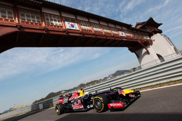 Vettel places his Red Bull Renault on top in Korean GP Friday practices
