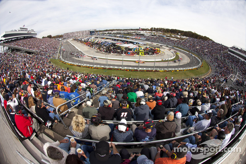 NASCAR unites to aid in Hurricane Sandy relief