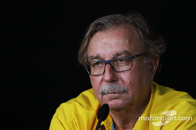 Renault's Caubet retires