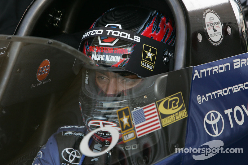 Schumacher in position to create more Top Fuel magic at Pomona final
