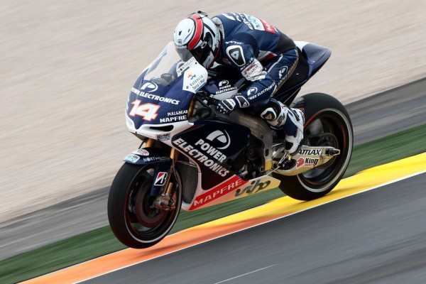Hayden and De Puniet top wet first day in Valencia free practice