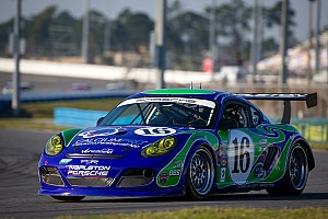 Grand-Am Qualifying report Pruett on pole in chase for fifth Daytona 24H overall win