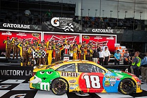 NASCAR Sprint Cup Breaking news Kyle Busch races to victory in 2nd Daytona Duel