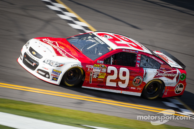Harvick and Kahne fastest Chevrolets in Daytona Duels