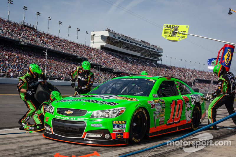 Patrick finishes eighth in the Daytona 500