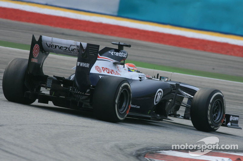 Williams could revert to 2012 exhaust