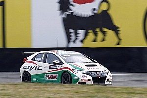 WTCC Qualifying report Tarquini gives Honda their first-ever WTCC pole during qualifying in Morocco