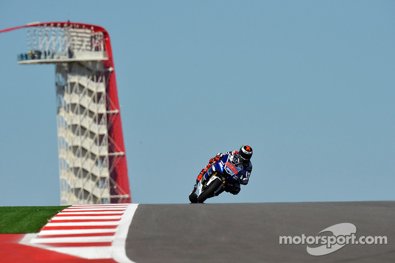 Lorenzo, Rossi saw improvment on cold opening day at COTA in Texas