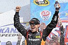 Kenseth dominates on way to win in Kansas 400