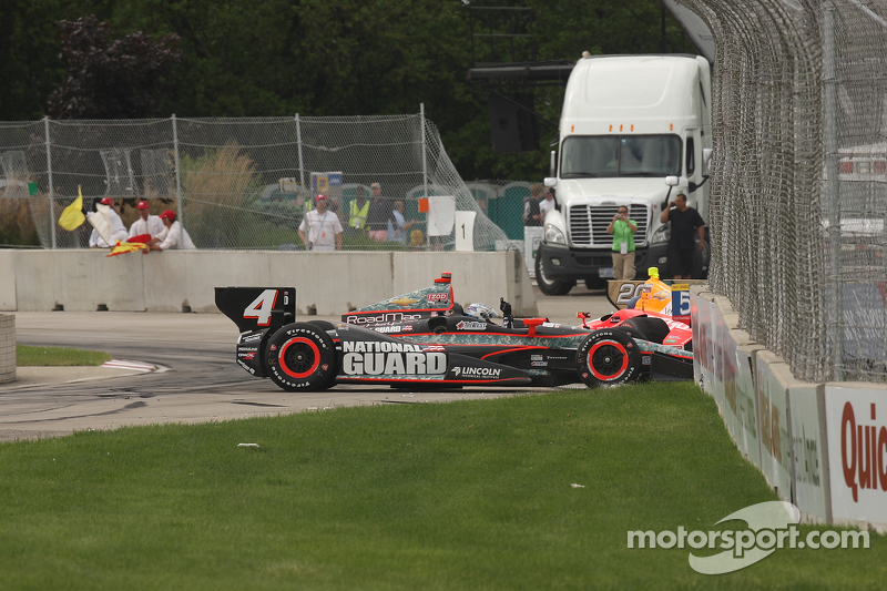 Briscoe survives early accident, finishes 13th in Belle Isle Duel Two for Panther