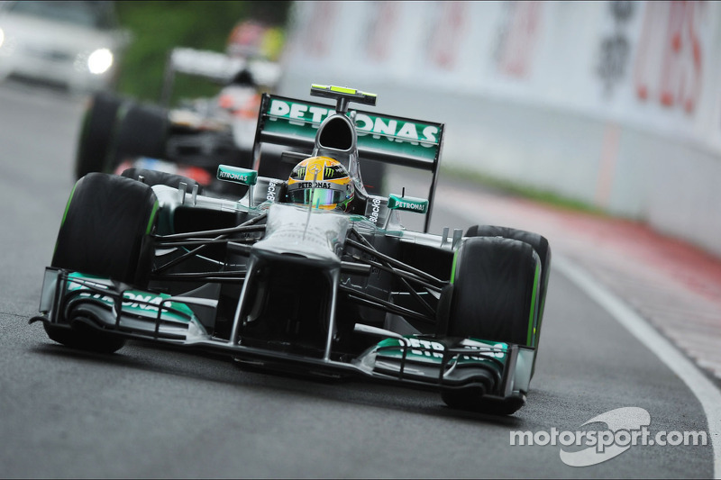 Mercedes' Hamilton scored his third season's podium in Montreal