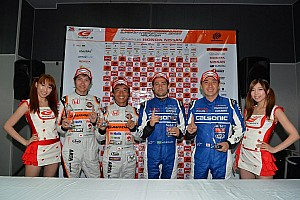 Super GT Qualifying report De Oliveira takes Malaysian pole position with a perfect run