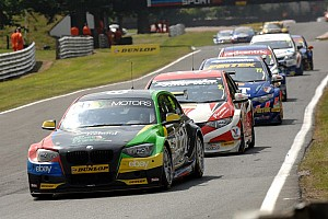 BTCC Race report Turkington dominates Race 1 at Croft