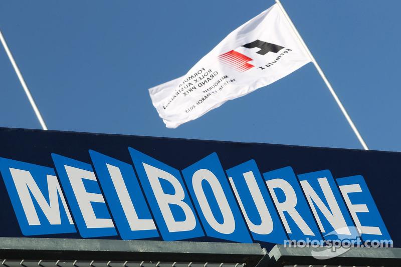 Australia to keep season opener slot in 2014