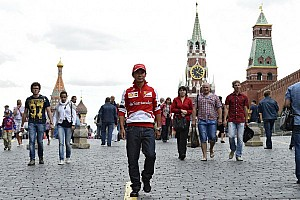 Formula 1 Breaking news Petrov, Kobayashi say money halting F1 returns