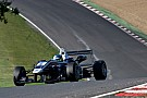 King inches closer to the crown as he steals the initiative in Brands tussle