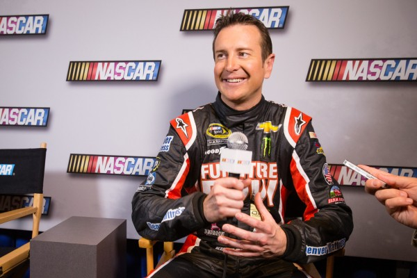 Kurt Busch heads to Stewart-Haas