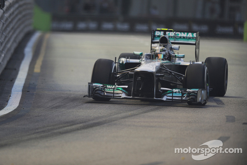 Hamilton tops first practice in Singapore