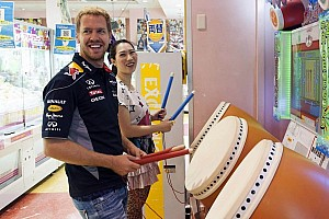 Sebastian Vettel greets thousands of fans in Japan