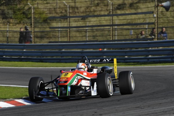 Lynn wins at Vallelunga as Marciello fails to finish