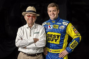 NASCAR XFINITY Preview Reigning Nationwide Series champion Stenhouse Jr. returns to NNS at Texas