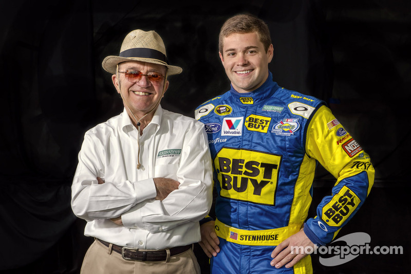 Reigning Nationwide Series champion Stenhouse Jr. returns to NNS at Texas