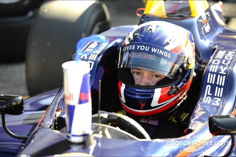 Daniil Kvyat to Toro Rosso in 2014