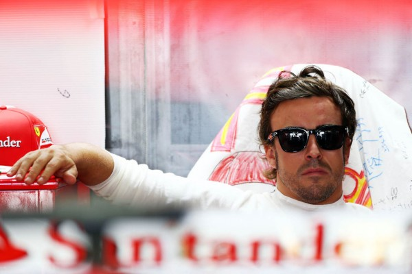 No 'controversy' at Ferrari - Alonso