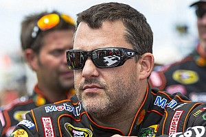 NASCAR Sprint Cup Breaking news Tony Stewart and his midget race cars hits the road