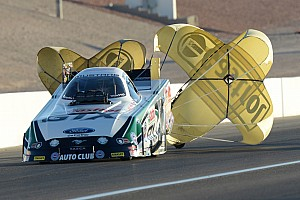 Records fall in NHRA's season-opening Winternationals